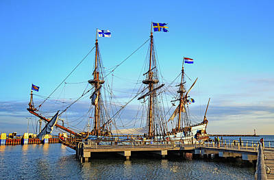 Photograph - Tall Ship Kalmar Nyckel by Allan Levin