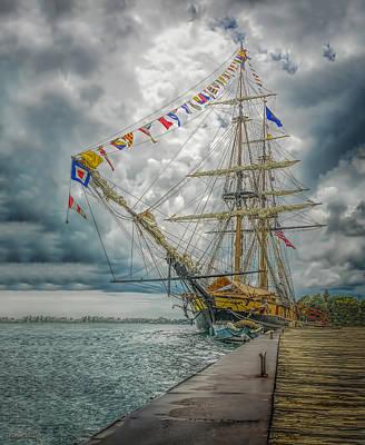 Photograph - Tallship Niagara by LeeAnn McLaneGoetz McLaneGoetzStudioLLCcom