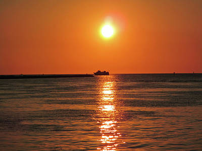 Photograph - Tampa Bay Sunset 3 by Marilyn Hunt