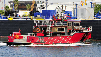 Fireboat Photograph - Tampa Fire Rescue Boat by David Lee Thompson