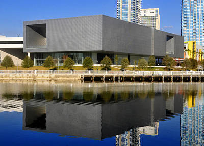 Photograph - Tampa Museum Of Art Pre Opeining 2010  by David Lee Thompson