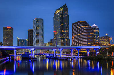 Tampa Skyline Photograph - Tampa Night by Mike Lang