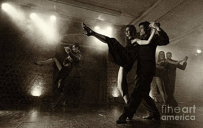 Photograph - Tango Buenos Aires 4 by Bob Christopher