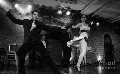 Photograph - Tango Buenos Aires 5 by Bob Christopher