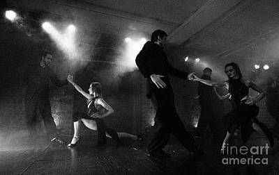 Photograph - Tango Buenos Aires 6 by Bob Christopher