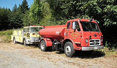 Photograph - Tanker And Pumper by Tom Cochran