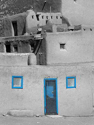 Photograph - Taos Pueblo 25 by Jeff Brunton