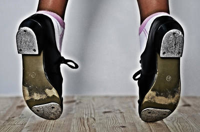 Photograph - Tap Dancer by Pedro Cardona