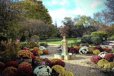 Photograph - Tarrytown Estate Gardens by Colleen Kammerer