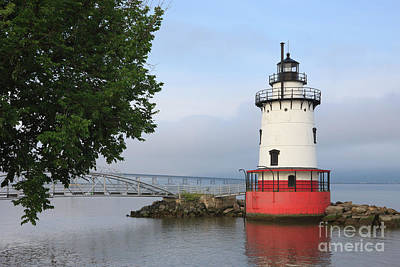 Photograph - Tarrytown Lighthouse II by Clarence Holmes