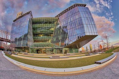 Photograph - Tata Innovation Center Nyc by Susan Candelario