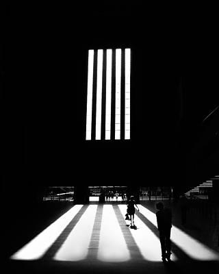 Photograph - Tate Modern by Art Shimamura