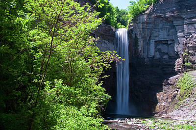 Photograph - Taughannock Falls 0466 by Guy Whiteley