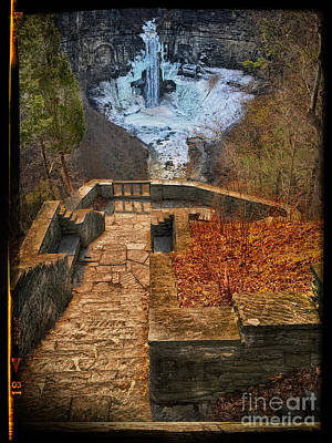 Photograph - Taughannock Falls by Robert Gaines