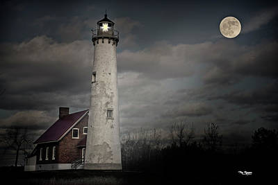 Photograph - Tawas Lighthouse by Peg Runyan