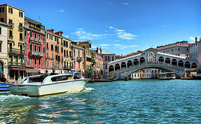 Photograph - Taxi, To The Rialto Bridge by Eduardo Jose Accorinti