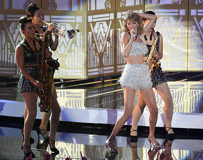Taylor Swift Digital Art - Taylor Swift by Zia Low