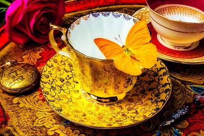 Tea Cup With Yellow Butterfly Art Print
