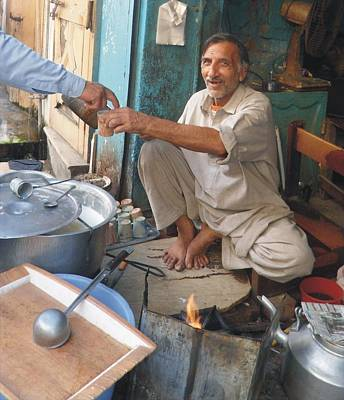 Saba Painting - Tea Shop by Bobby Dar