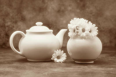 Tinted Photograph - Teapot With Daisies II by Tom Mc Nemar