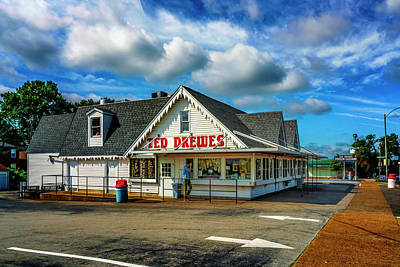 Photograph - Ted Drewes Route 66 St Louis Mo_7r2_dsc0441_16-08-21 by Greg Kluempers