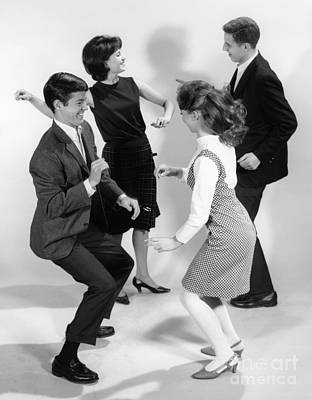 Teen Couples Doing The Twist, C.1960s Art Print by H. Armstrong Roberts/ClassicStock
