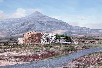 Haus Photograph - Tefia - Fuerteventura by Joana Kruse