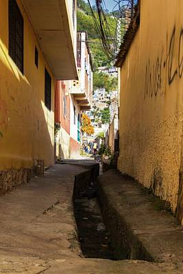 Photograph - Tegucigalpa's Streets And Alleyways - 4 by Hany J