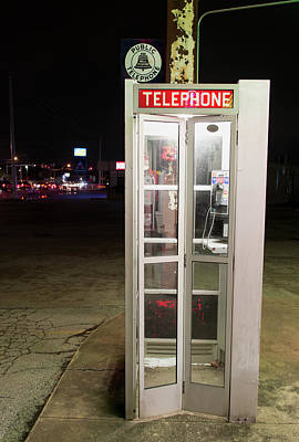 Photograph - Telephone Booth 092717 by Rospotte Photography