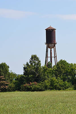Photograph - Tellico Plain Old Water Tower by rd Erickson