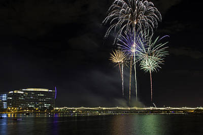 Photograph - Tempe Fireworks 2015-10 by Paul Riedinger
