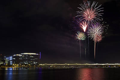 Photograph - Tempe Fireworks 2015-2 by Paul Riedinger