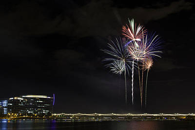 Photograph - Tempe Fireworks 2015-4 by Paul Riedinger