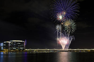 Photograph - Tempe Fireworks 2015-6 by Paul Riedinger