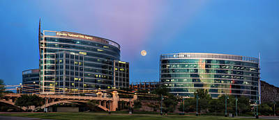 Photograph - Tempe Town Lake Moon Rise by Dave Dilli