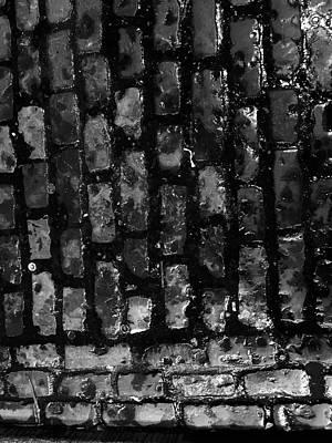 Photograph - Temple Bar, Dublin. by Roger Cummiskey