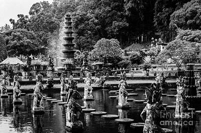 Photograph - Temple Garden by M G Whittingham