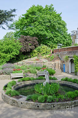 Uk Photograph - Terrace Gardens Richmond Hill Gardens With The Famous View From The Hill by Andy Smy