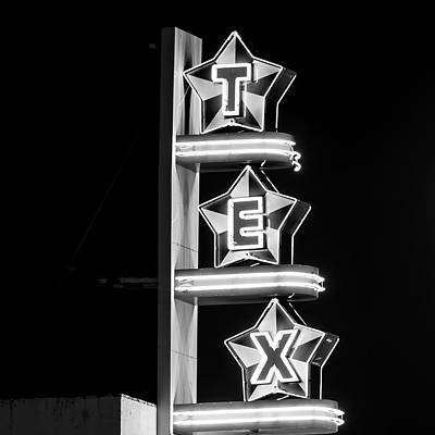 Photograph - Tex Digital Oil Bw by Rospotte Photography