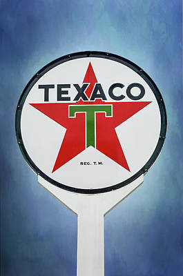 Photograph - Texaco by Susan McMenamin