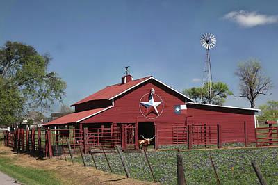 Photograph - Texas Barn by Robert Camp