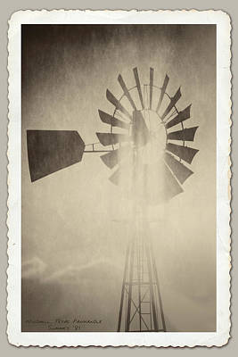 Photograph - Texas Panhandle Windmill by Garry McMichael