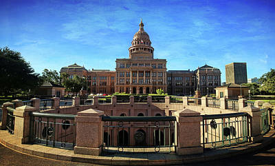 Photograph - Texas State Capitol 1 by Judy Vincent