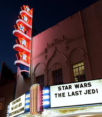 Photograph - Texas Theater Jedi 121517 by Rospotte Photography