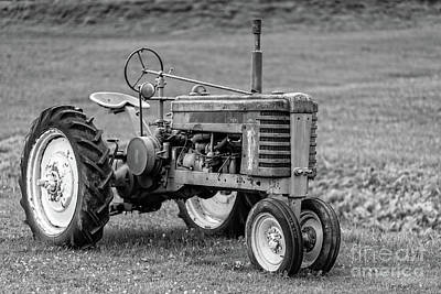 John Deere Wall Art - Photograph - Texas Tractor by Edward Fielding