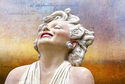 Photograph - Textures Of Marilyn by Alice Gipson