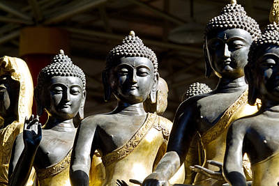 Asian Cultural Art Photograph - Thai Buddha by Ray Laskowitz - Printscapes