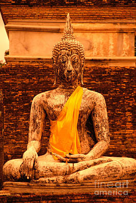 Thailand Buddha Statue Art Print by Kyle Rothenborg - Printscapes