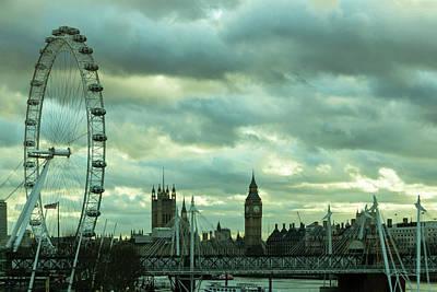 Photograph - Thames View 1 by Steven Richman