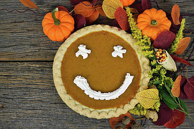 Sweet Goldenrod Photograph - Thanksgiving Happy Pie by Maria Dryfhout